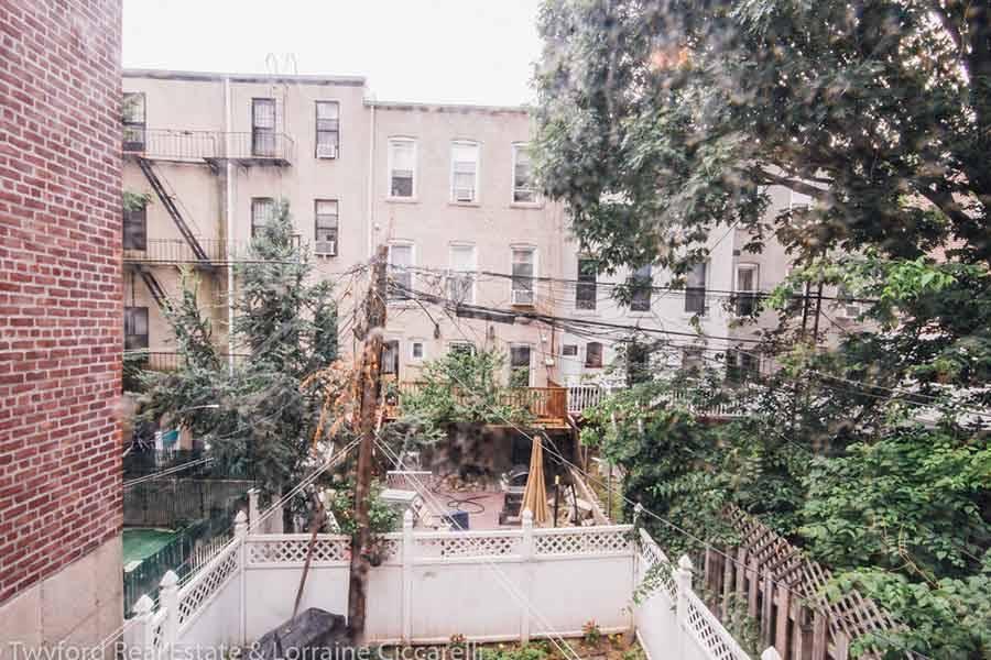 Brooklyn-Backyards-8